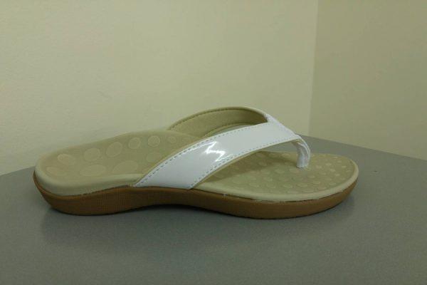 Sonoma-Thongs-White