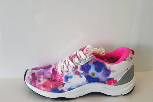 Tourney Women sneaker at Hip2Toe Plus