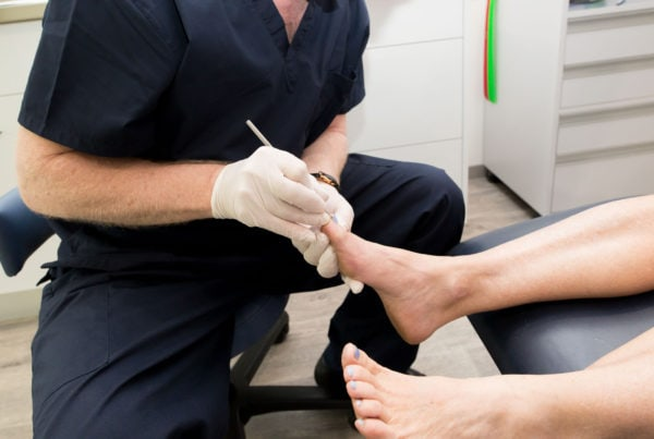 dr jeremy hawke cairns podiatry fungal toe treatment