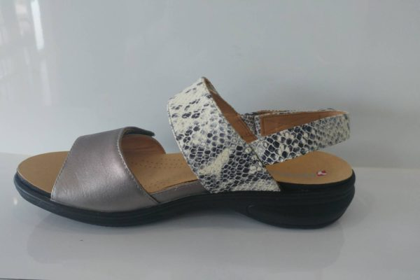 Revere Combo sandals M/W fitting