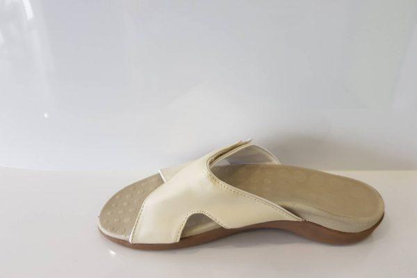 Lulu Beige W9- last pair$60